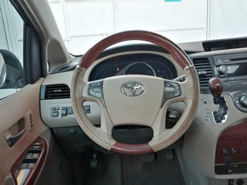 Toyota Sienna LTD Modelo 2013 87,100 kms. $295,000.00