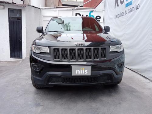 Jeep Grand Cherokee V6 36 mil kms. Modelo 2016 $441,000.00