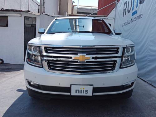 General Motors Suburban Luxury Blindaje NIII Modelo 2016 62 mil kms. $950,000.00