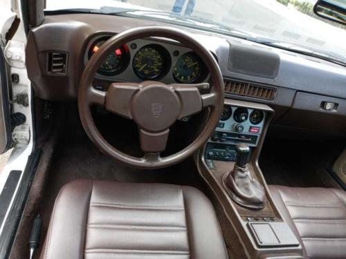 Porsche 944 Modelo 1983 17,548 kms. $450,000