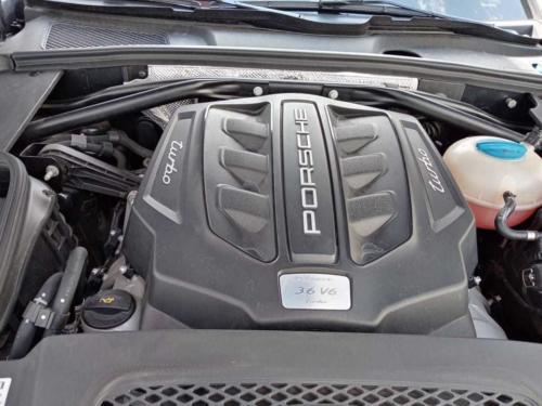 Porsche Macan Turbo Modelo 2016 38 mil kms. $840,000.00